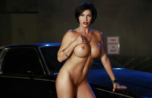 Diva loves sizeable cars and strips by one wishing to be make it with the vehicle